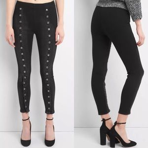 NEW GAP High Rise Button Embellished Skinny Jeans